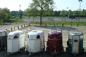 Club Hippique d'Eckwersheim, parking pour les vans