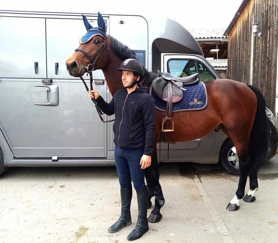 Photo de Quentin SANNIER et son cheval de compétition Fifty Cent du Mille Club hippique ECKWERSHEIM Strasbourg